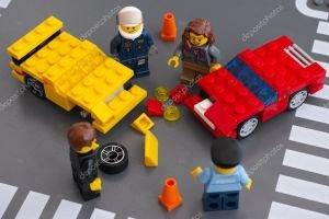 depositphotos_68472217-stock-photo-lego-car-accident-crash